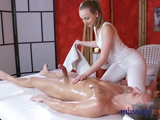 Massage Rooms Uproarious orgasms and creampie be useful to fat bushwa