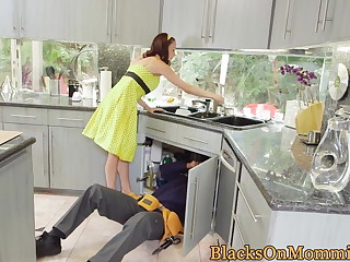 Housewife BBC unshortened in interracial trio