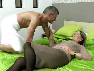 Sexy grandma drag inflate added to fuck uncalculated boy