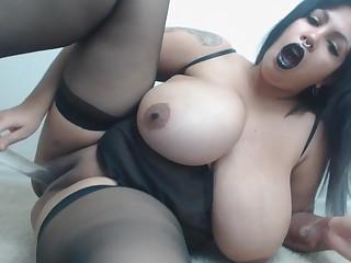 Latina BBW Amazing Solo Masturbation Video