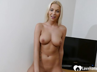 Palmy dreamboat with nice mammaries rubs her pussy
