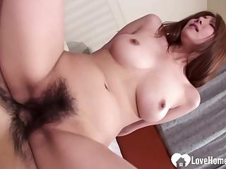Big-Breasted Yuna Hirose licking plus riding sensually