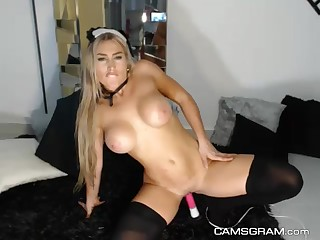 A Excited Mother I´d Like To Fuck Cammodel Is All By Herself
