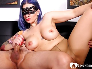 Blue-haired mistress gives a vocal sex to the brush stud