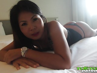 Dilettante Thai chick Mina is fucked at the end of one's tether horny tourist in hot POV membrane