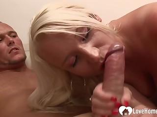 White-headed Hair Girl Stepmom Gets A Nice Boast intercourse