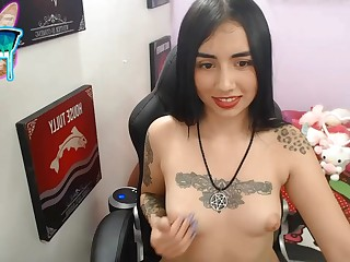 Tattoed girl solo masturbation not susceptible webcam
