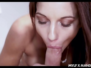 Awesome eye catching brunette Mandy Flores just loves blowing lion-hearted fat cock