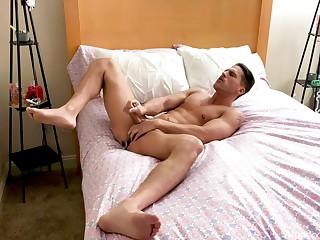 Solo masturbation on cam exotic a husky man